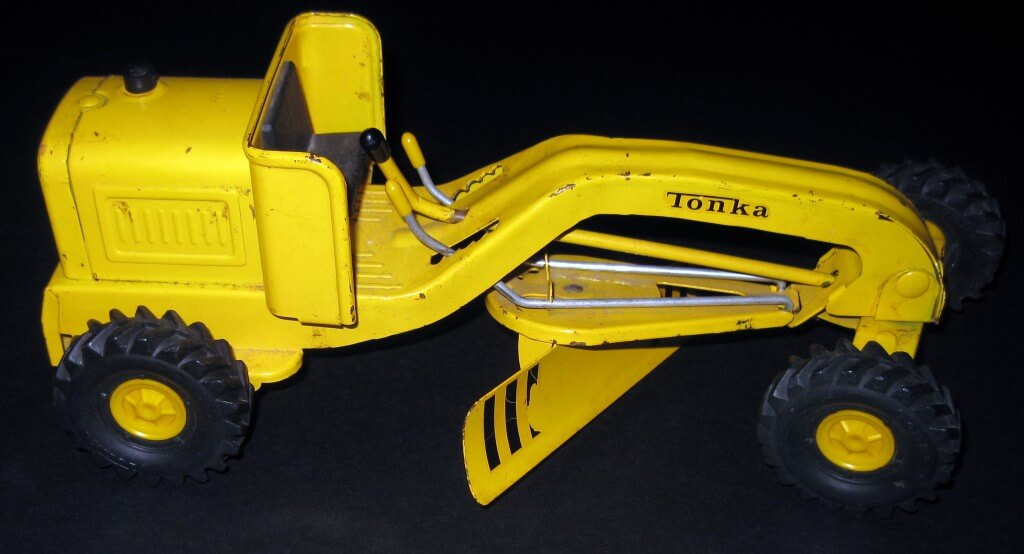 Tonka-Trucks-Road-Grader-Yellow